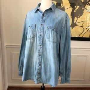 Tom's Target Chambray Buttondown Shirt XL